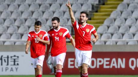 Russia crush 10-man Cyprus to book spot at Euro 2020 (VIDEO)
