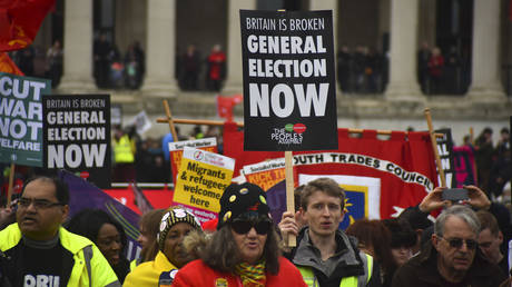 Demonstrators Wearing Yellow Vests Protest In Central London © Global Look Press / Alberto Pezzali