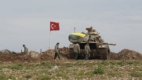 Turkey warns Kurdish fighters it will enter Syria 'shortly'