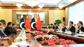 China's Xi meets with Pakistani PM Khan 2 days before India summit