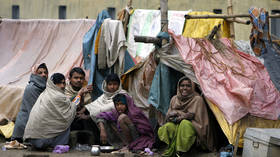 India halved its poverty rate since 1990s - World Bank