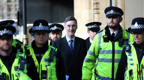 'So frightening': UK politicians protected by SQUADS OF COPS as Brexit vote delay infuriates crowds (VIDEOS)