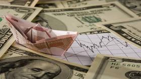 Money burning unicorns & shale slowdown (E1456)