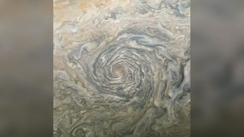 Gaze into the Jovian VORTEX: Stunningly detailed image shows depths of Jupiter's huge swirling storms - RT thumbnail