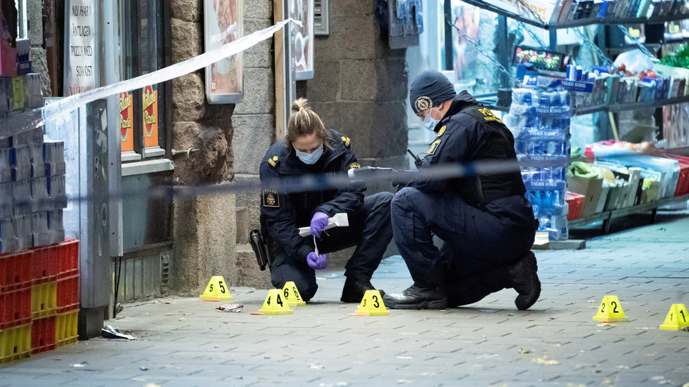 Sweden calls on anti-terror cop to lead specialized team targeting gangs after 15yo shot dead in Malmo