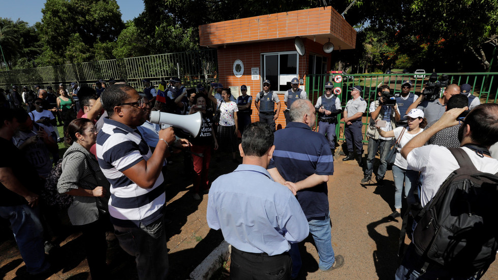 Guaido supporters invade Venezuelan embassy in Brazil & announce new 'ambassador' (PHOTO, VIDEO)