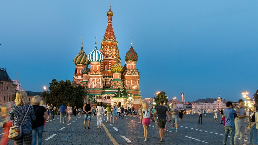 Moscow wins 'tourism Oscar,' overtaking Paris, London, NYC & others as world's top city destination