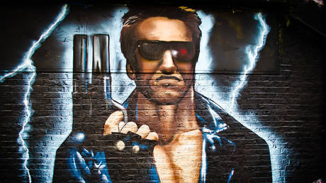 'Terminator'-themed street art in London © Flickr / Garry Knight