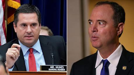 (L) US Representative Devin Nunes (R-CA) © Reuters / Kevin Lamarque; (R) House Intelligence Committee Chairman US Rep. Adam Schiff, (D-CA) © Reuters / Leah Millis