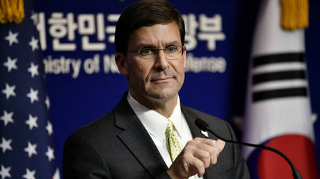 US Defense Secretary Mark Esper in Seoul on November 15, 2019. © Reuters / Jung Yeon-je / Pool