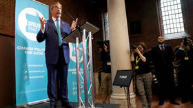Ditch your Brexit deal: Farage proposes BoJo election pact to become 'unstoppable force'