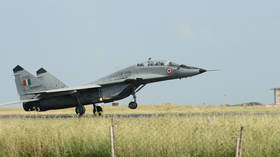MiG-29K fighter aircraft crashes after engine catches fire during training mission in Goa (VIDEO)