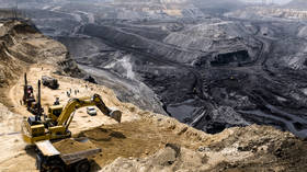 India considers relaxing regulations to attract global coal miners