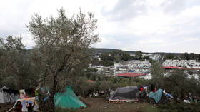 UNHCR chief urges Greece to improve conditions in refugee camps