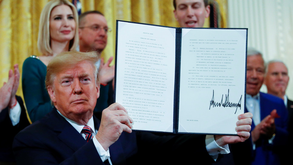 Battling anti-Semitism or shielding Israel? Trump signs executive order against 'discrimination & boycotts' on campuses