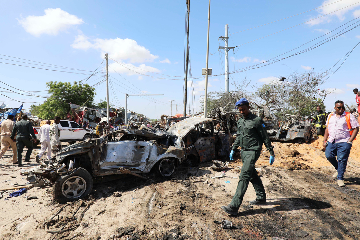 Students, police among 79 dead in Somalia blast