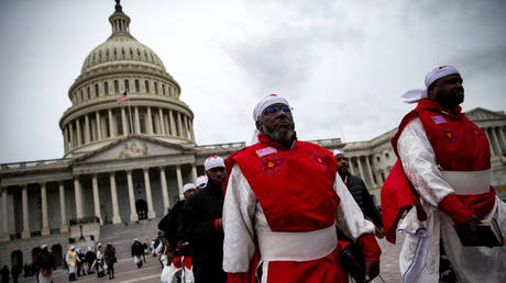 Black Hebrew Israelites protesting outside the Capitol. FILE PHOTO © Reuters / Alexander Drago