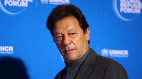 PM Khan questions fairness of Musharraf trial, holds emergency meeting after death sentence