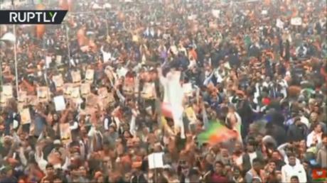 Lies & rumors being spread over citizenship bill, Modi tells huge crowd at Delhi rally
