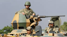 US approves new military training deal with Pakistan as it seeks to bolster its weakening foothold
