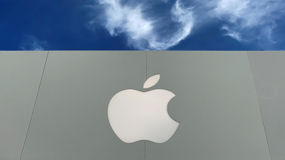 Terrifying or nothing to fear? Apple admits to scanning user photos, presumably only to hunt child abuse