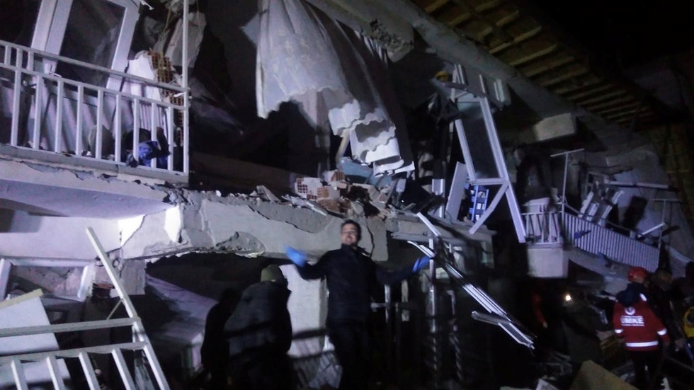 At least 8 dead in E. Turkey 6.8 earthquake 'felt all the way to Tel Aviv' (PHOTO, VIDEO)