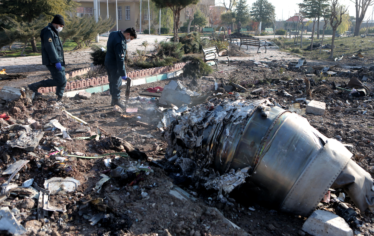 Ukrainian Boeing 737-800 crashes in Tehran