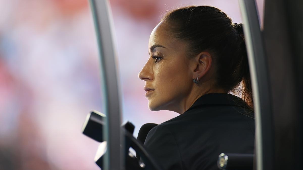 Marijana Veljovic: Meet the 'super pretty' tennis umpire setting pulses racing at the Australian Open