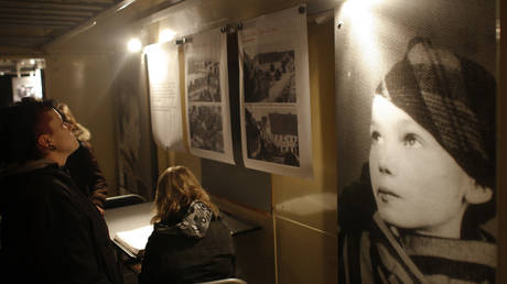Еhe 'Train of Commemoration', a rolling exhibition, displaying the biographies of children and youth from all over Europe who were deported by the Nazis. ©REUTERS / Johannes Eisele