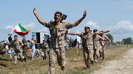 FILE PHOTO: Iranian Marines © REUTERS/Vitaly Nevar