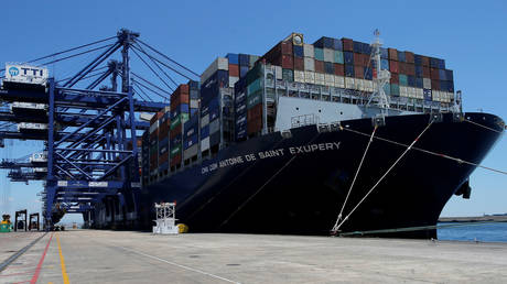 "FILE PHOTO: ""Antoine de Saint Exupery"" vessel of the French shipping company CMA CGM © Reuters / Jon Nazca"