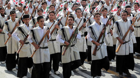 Iranian nomadic popular armed company at a parade Tehran, Iran on September 22, 2019. © Official Iranian President website / Reuters