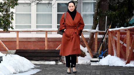 Huawei Chief Financial Officer Meng Wanzhou leaves her home to attend a case management conference in advance of her extradition hearing at BC Supreme Court in Vancouver, British Columbia, Canada, January 17, 2020. © Reuters / Jennifer Gauthier