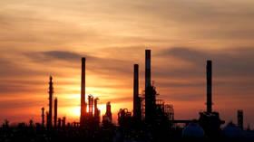 Oil prices surge 4 percent on news of Soleimani killing