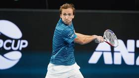 'He's not messing around': Medvedev beats Isner to bring Team Russia win at ATP Cup