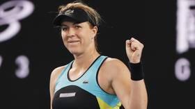 Kicked to the Kerb: Anastasia Pavlyuchenkova stuns Angelique Kerber to reach Australian Open quarter-finals (VIDEO)