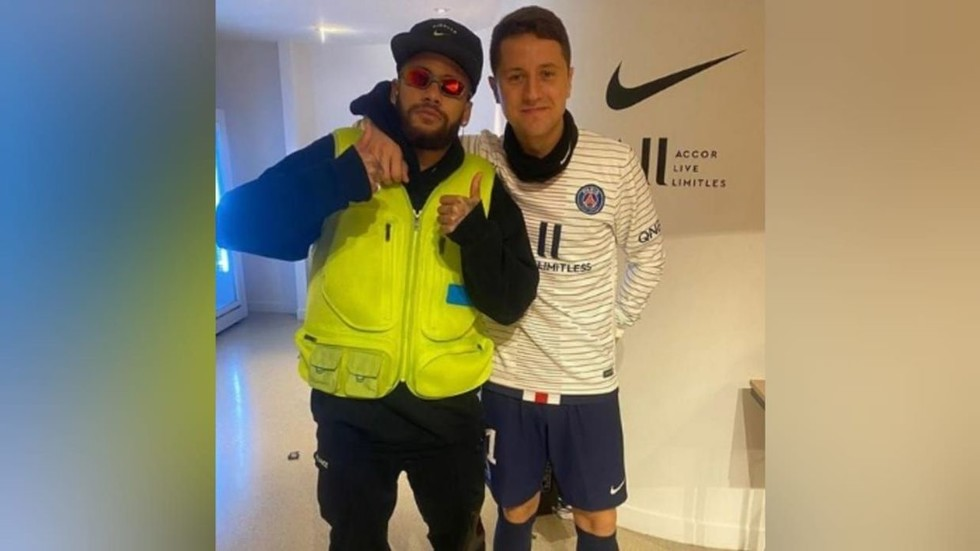 'Good to see him supporting the Yellow Vests protests': Neymar trolled over garish attire for PSG game
