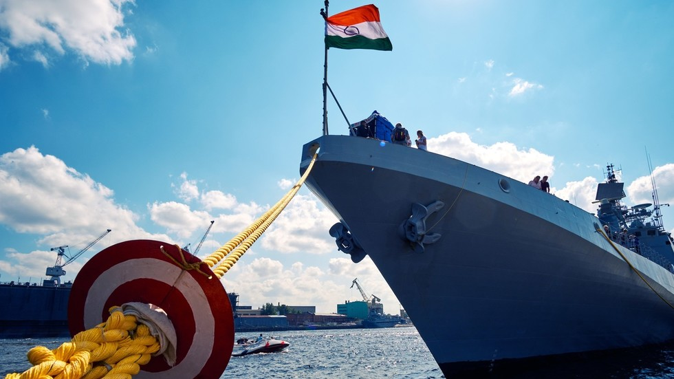India plans to get new frigates from Russia while the US threatens New Delhi with sanctions over purchase of S-400 missile system