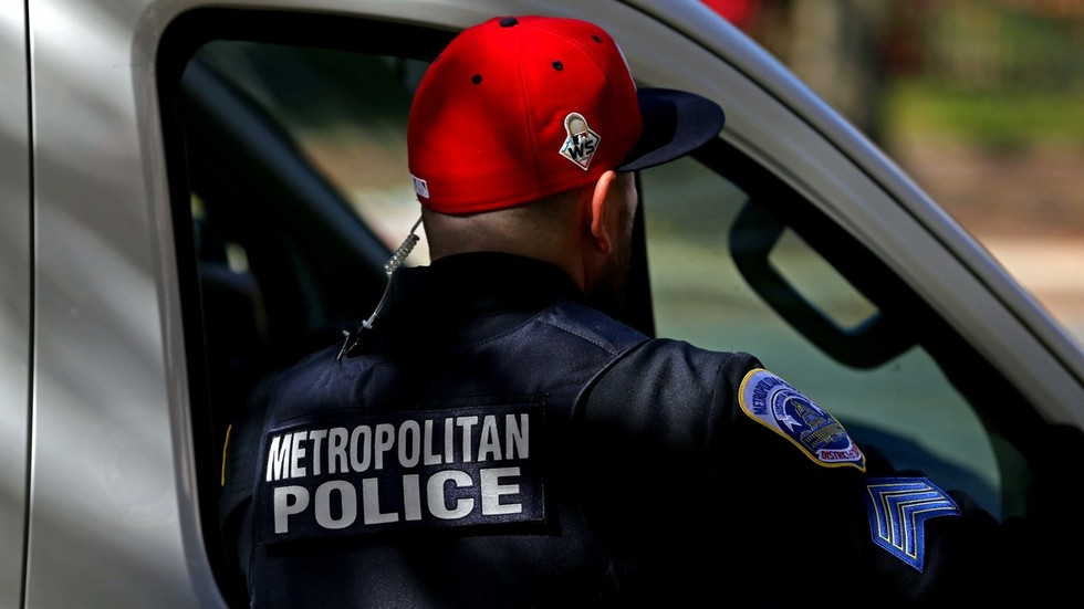 Whistleblower cops accuse DC police of downgrading crimes to look better on stats