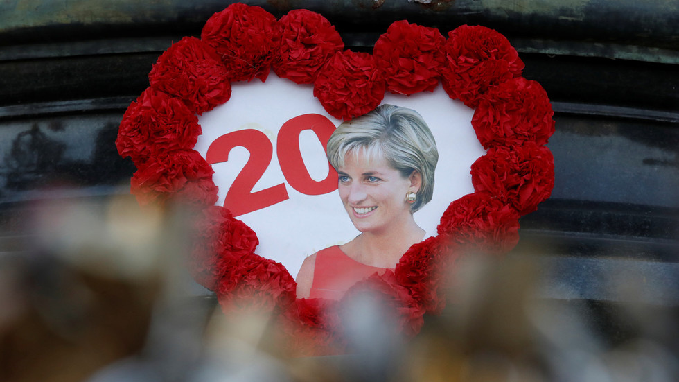 'Princess Diana would've been alive in America': Conservative speaker manages to offend both Brits & French in anti-medicare rant