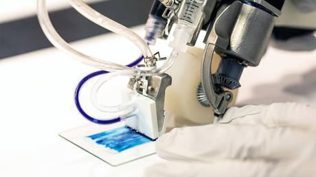 The handheld 3D skin printer developed by U of T Engineering