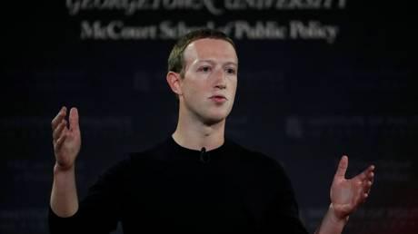 Facebook CEO Mark Zuckerberg © REUTERS / CARLOS JASSO