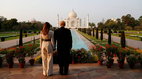 Donald and Melania Trump tour the historic Taj Mahal, in Agra, India, February 24, 2020 © Reuters / Al Drago