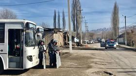 Massive brawl involving hundreds of locals kills 10, turns southern Kazakhstan village into warzone (PHOTOS, VIDEOS)