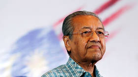 Malaysian PM Mahathir Mohamad submits resignation amid political turmoil
