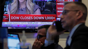 Dow crashes down more than 800 points, or 1,800 this week, amid coronavirus panic