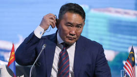 Mongolian president & entire delegation quarantined after China visit over coronavirus fears