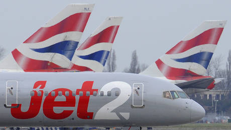 FILE PHOTO. A Jet2 aircraft at  Heathrow Airport. ©REUTERS / Toby Melville