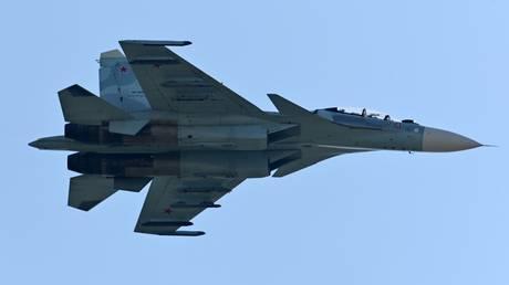 Su-27 fighter crashes into Black Sea, search & rescue underway – Russian military