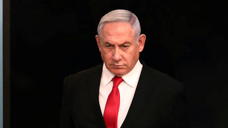 Netanyahu 'won't go into quarantine' despite close aide testing virus-positive - rt